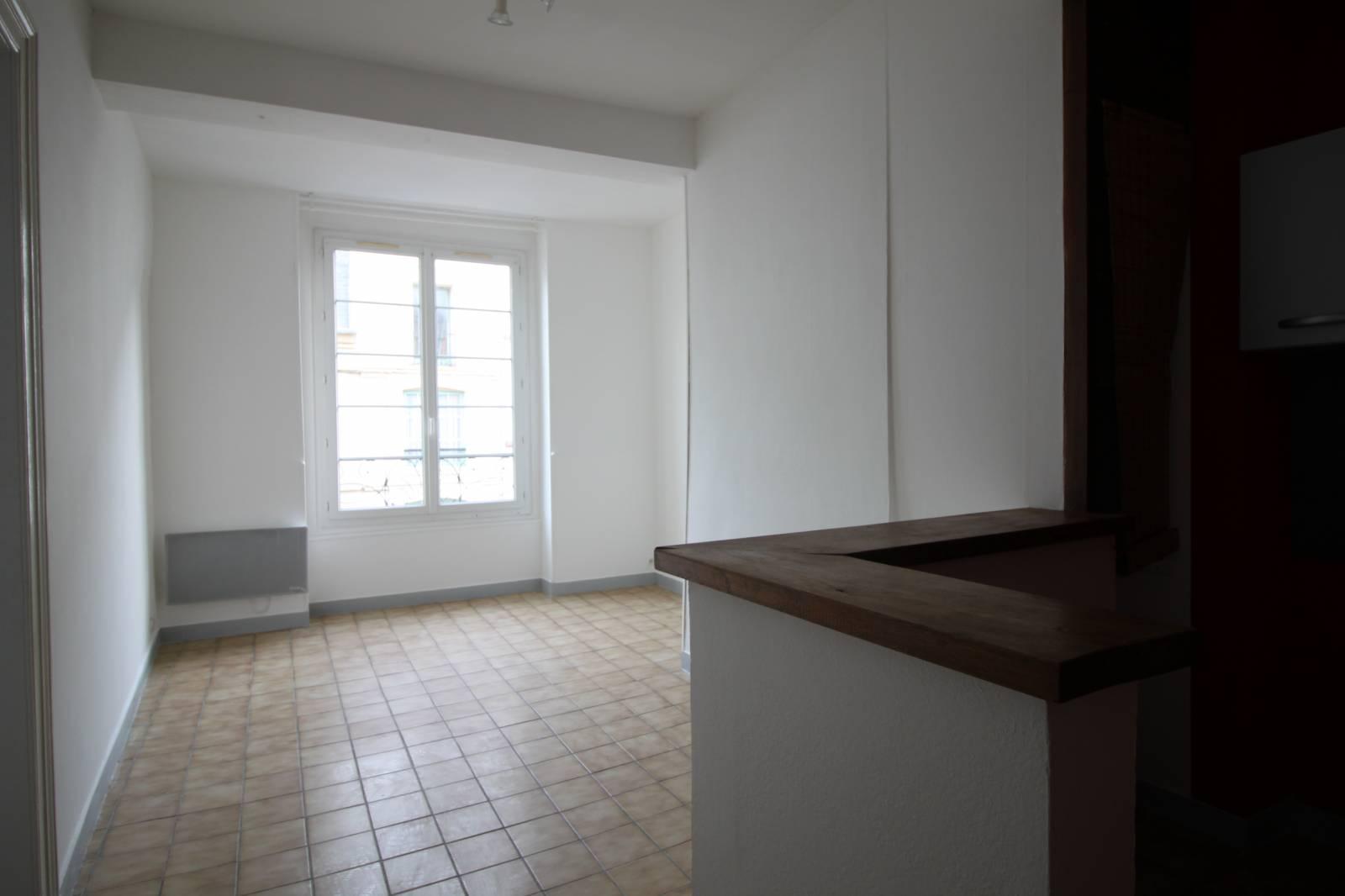 a louer appartement dieppe 76 entre la grande rue et le front de mer transaction immobili re. Black Bedroom Furniture Sets. Home Design Ideas